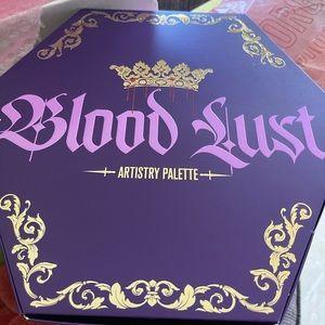 Jeffree Star blood lust eyeshadow palette